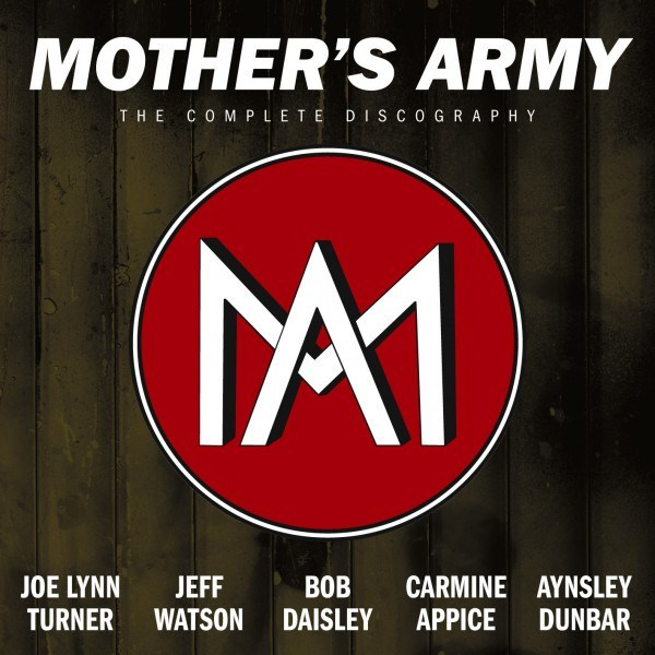 MOTHER-S-ARMY-Joe-Lynn-Turner-Deep-Purple-le-livre-50-ans-la-maison-des-legendes